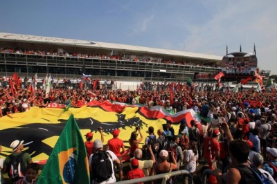 F1-Monza-2011-public