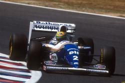 Ayrton-Senna-a-Williams-FW16-volánja-mögött-az-1994-es-Csendes-óceáni-Nagydíjon-