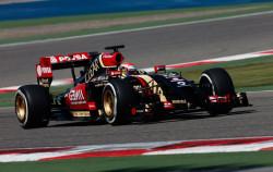 Lotus-E22-Renault-F1-2014-01