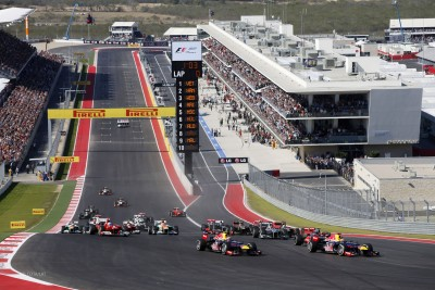 Circuit of the Americas, Austin, Texas, United States of America. Sunday 18th November 2012. Sebastian Vettel, Red Bull RB8 Renault, and Mark Webber, Red Bull RB8 Renault, lead the field away at the start. World Copyright:Andrew Ferraro/LAT Photographic ref: Digital Image _79P7169