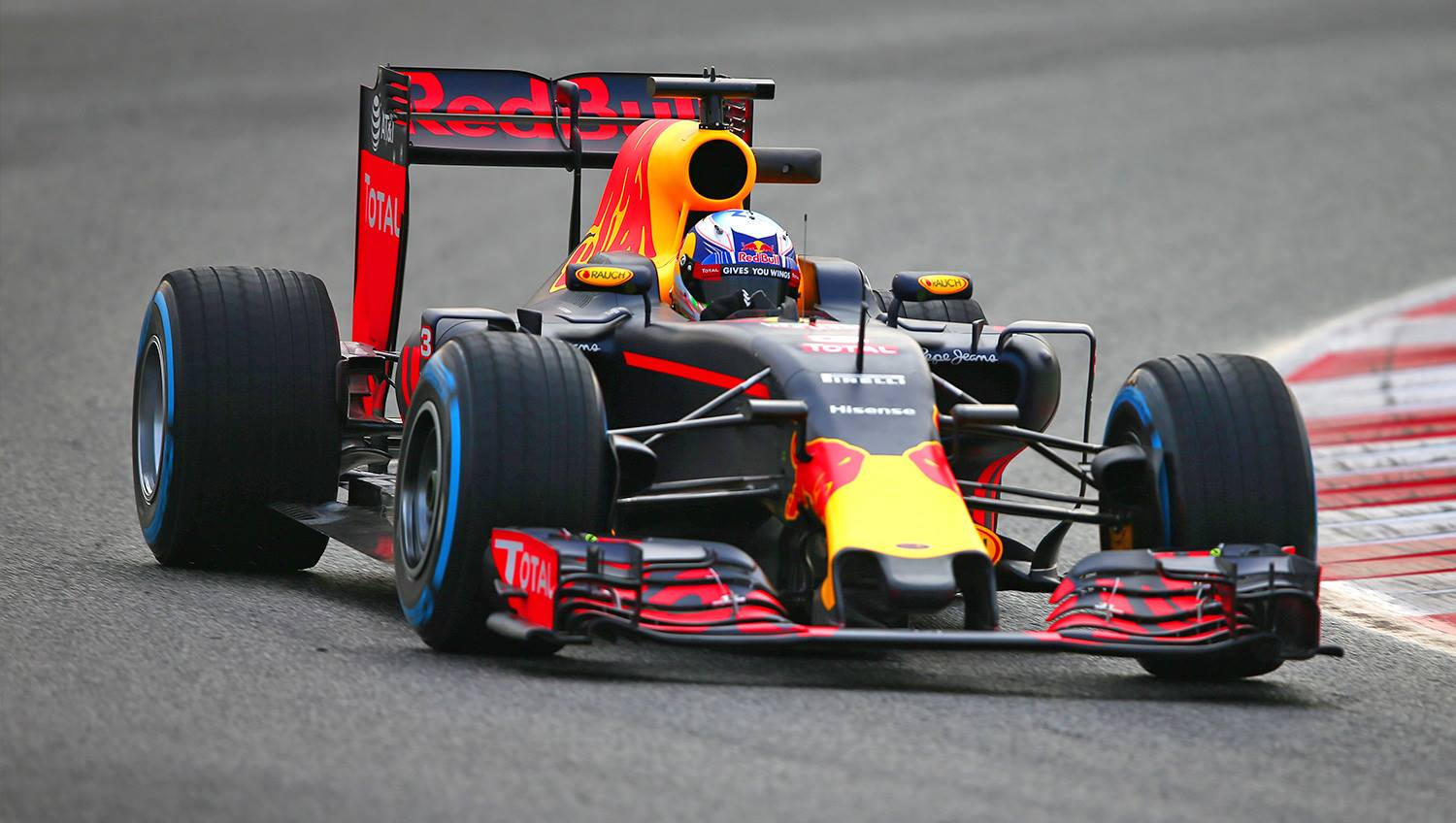 f1 vettel red bull non una minaccia f1 sport news formula 1. Black Bedroom Furniture Sets. Home Design Ideas