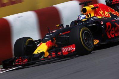 Ricciardo-2016