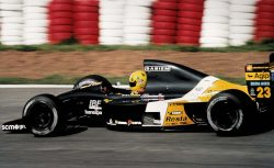 press_christian_fittipaldi_minardi_lamborghini_m192_foto_miguel_costa_jr_3
