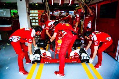 Raikkonen-Ferrari-box-Ungheria-Budapest-16