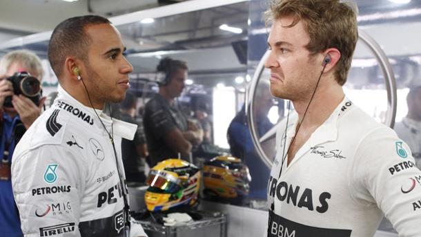 Hamilton più forte dopo lo scontro con Rosberg