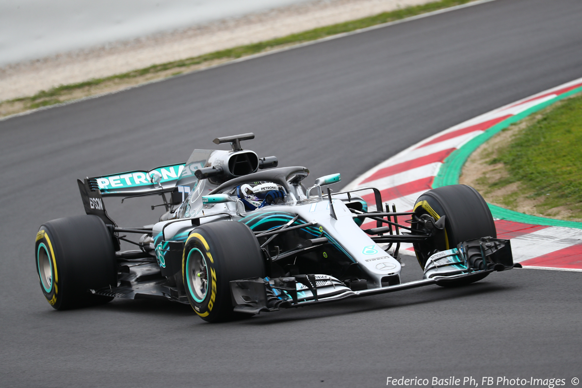 Test f1 barcellona 2018 giorno 5 ore 11 00 mercedes for Gartenpool test 2018