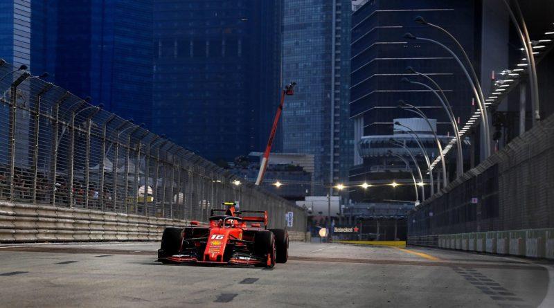 F1 | Singapore: Pole Position di Leclerc davanti a Hamilton