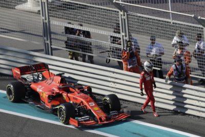 F1   Abu Dhabi, 2019 - Vettel Crash FP1