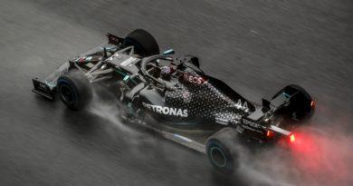 F1   Stiria: Hamilton domina le qualifiche sul bagnato