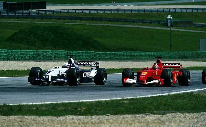 Montoya vs Schumacher, Austria 2001